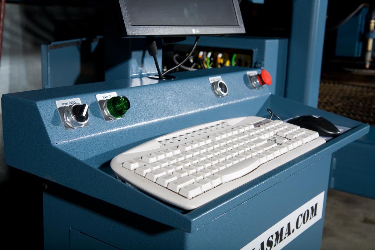 xcs2000-plasma-cutter-0664